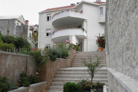 Apartment Karmen / Three Bedrooms A1 - Last Minute a dovolená