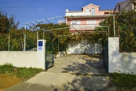 Chorvatsko - Ostrov Pag / Apartments Komadina / A3 Three Bedrooms