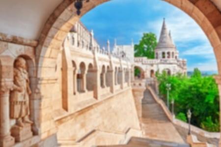 Víte, jaké památky skrývá nedaleká Budapešť?