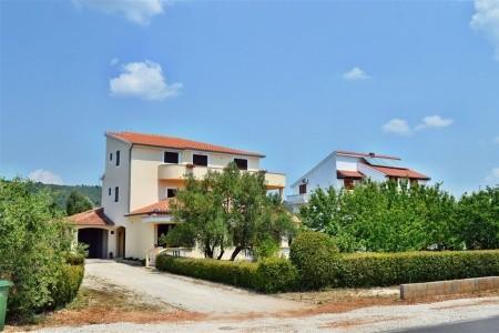 Apartment Burcul