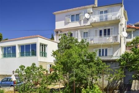 Apartments Olivari - ubytování