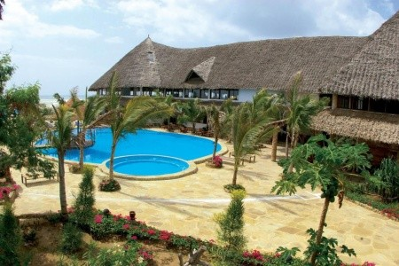 Jacaranda Beach Resort s All Inclusive All Inclusive