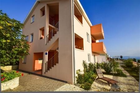 Apartments Komadina - silvestr