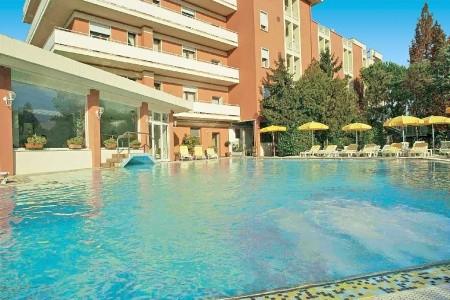 Hotel Aqua Plná penze