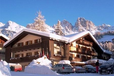 Park Hotel Arnica, Itálie, Dolomity Superski