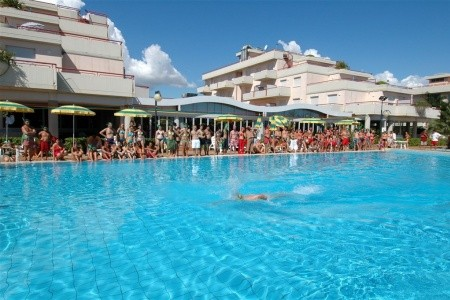 Club Le Terrazze - plná penze