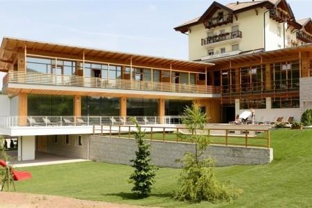 Corona Dolomites - ubytování