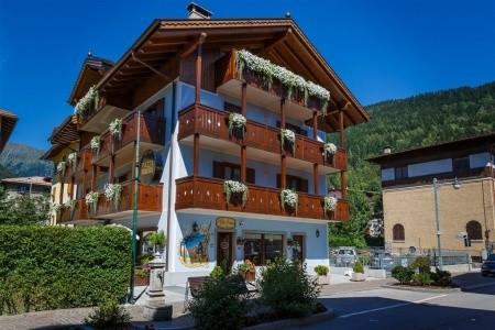 Villa Lucin, Itálie, Dolomiti Brenta (Val di Sole)