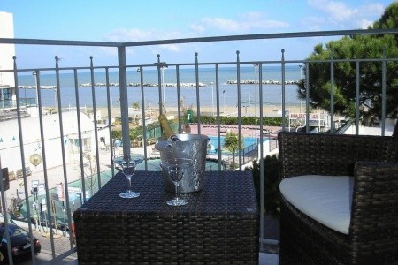 Hotel Playa Pr- Rimini Viserbella - hotely