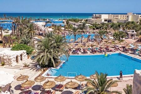 Hotel Quatre Saisons Resort & Aquapark