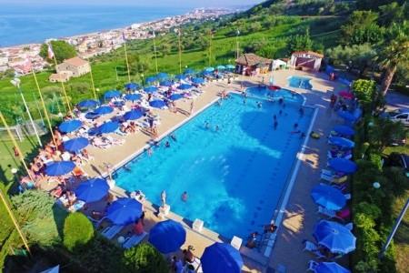 Village Centro Vacanze Europe Garden - hotel