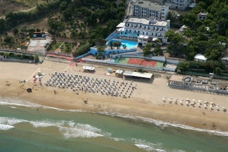 Villaggio Hotel Rezidence Baia Santa Barbara - hotely