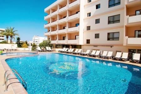 Invisa La Cala Hotel - v srpnu