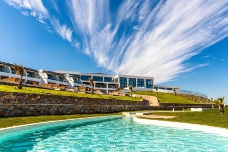 Abaton Island Resort & Spa - na ostrově