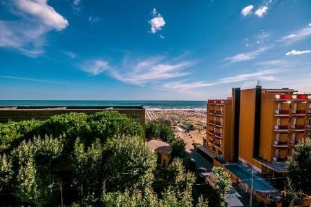 Hotel Brooklyn Pig - Rivazzura Di Rimini - v září