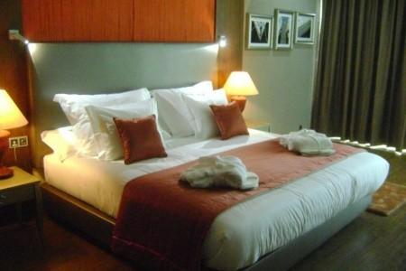 Angra Marina Hotel - Portugalsko  letecky