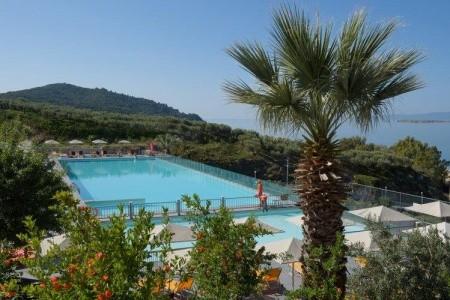 Hotel Akrathos Beach - luxusní dovolená