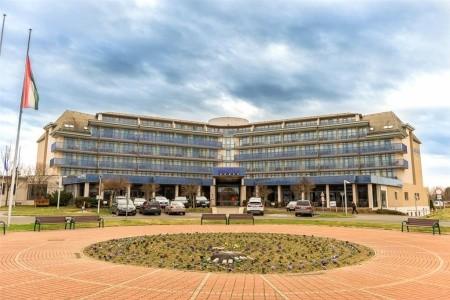Hotel Park Inn Sv, Maďarsko, Termální Lázně