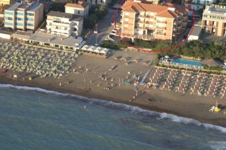 Marina Di Castagneto - u moře
