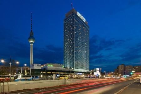 Park Inn By Radisson Berlin-Alexanderplatz - v březnu
