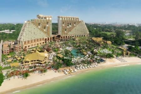 Centara Grand Mirage Beach Resort Pattaya - v květnu