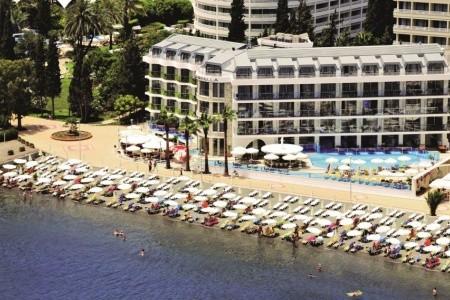 Hotel Marbella - v červenci