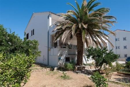 Apartmánový Dům Inga - letní dovolená