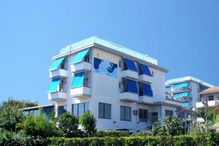 Hotel Mare Blu - u moře