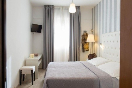 Hotel La Perla - Last Minute a dovolená