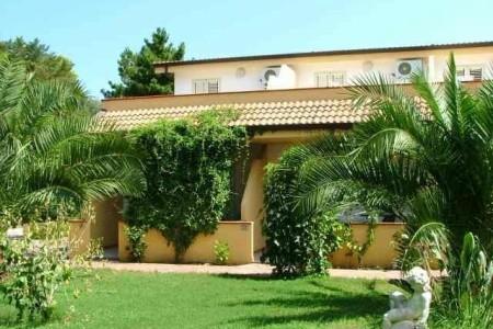 Hotel Green Garden Club - hotely