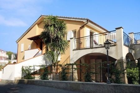 Residence La Meridiana - San Bartolomeo Al Mare - Ligurská riviéra  - Itálie