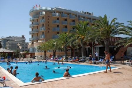 Hotel Maxim's*** - Martinsicuro - Villa Rosa - Abruzzo v červenci - Itálie