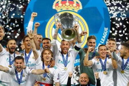 Real Madrid - Ajax Amsterdam - v březnu