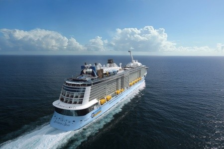 Usa, Svatý Martin, Antigua A Barbuda, Svatá Lucie, Svatý Kryštof A Nevis Z Cape Liberty Na Lodi Anthem Of The Seas - 393960428