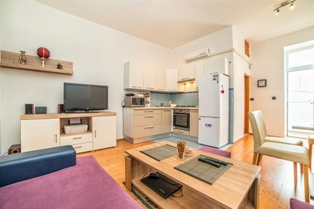 Apartments Smaila / One Bedroom A3 - Last Minute a dovolená