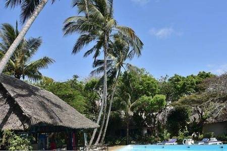 Keňa - Mombasa / Baobab Sea Lodge