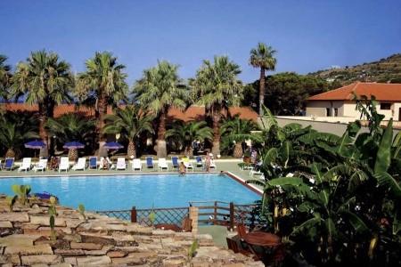 Baia Delle Sirene Beach Resort - letecky all inclusive