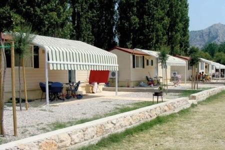 Montované Chatky Galeb, Chorvatsko, Omiš