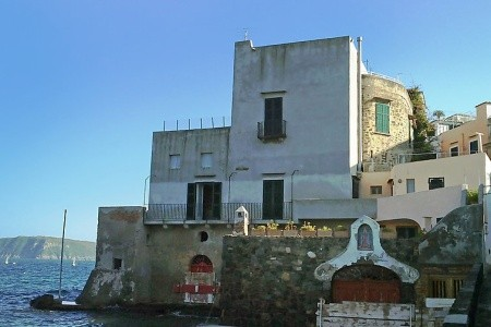 Lo Scuopolo - Ischia - Itálie