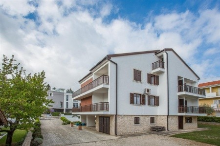 Apartments Adria - Last Minute a dovolená