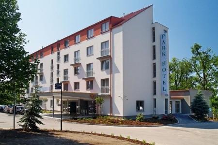 Hluboká Nad Vltavou - Parkhotel Hluboká