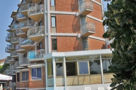Hotel La Fenice E Siesta S Bazénem Pig– Lido Di Jesolo - hotel