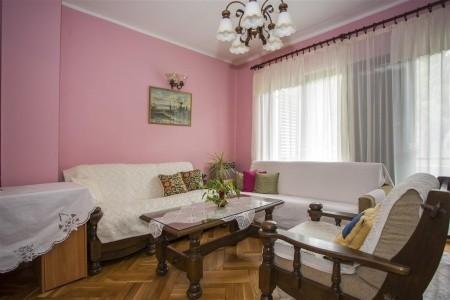 Apartments Rina - v květnu