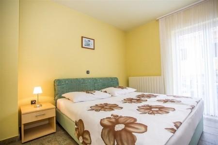 Apartments Slavica