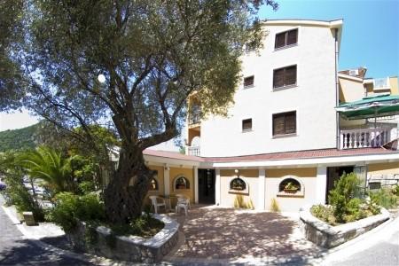 Penzion Premier Club - Dotované Pobyty 50+, Černá Hora,