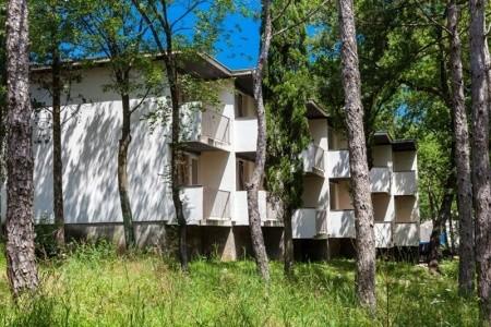 Pavilony Kačjak, Chorvatsko, Crikvenica