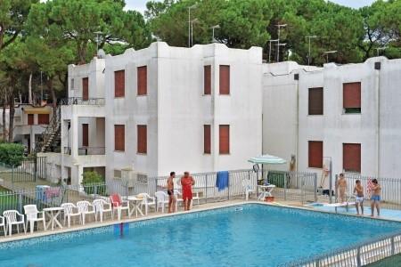 Residence Park S Bazénem