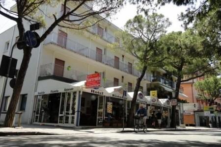 Hotel Sorrento*** - Hotely Itálie