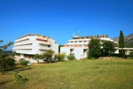 Gradac, Hotel Laguna **, Až 2 Děti Do 11.9 Let Zdarma - s dětmi