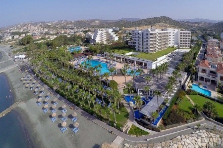 Grand Resort Limassol - letecky